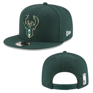 Milwaukee Bucks New Era Green 9FIFTY Basic Adjustable Snapback Cap
