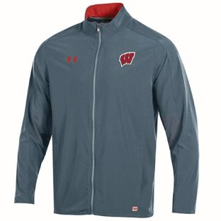Wisconsin Badgers Under Armour 2017 Sideline Charger Zip Jacket